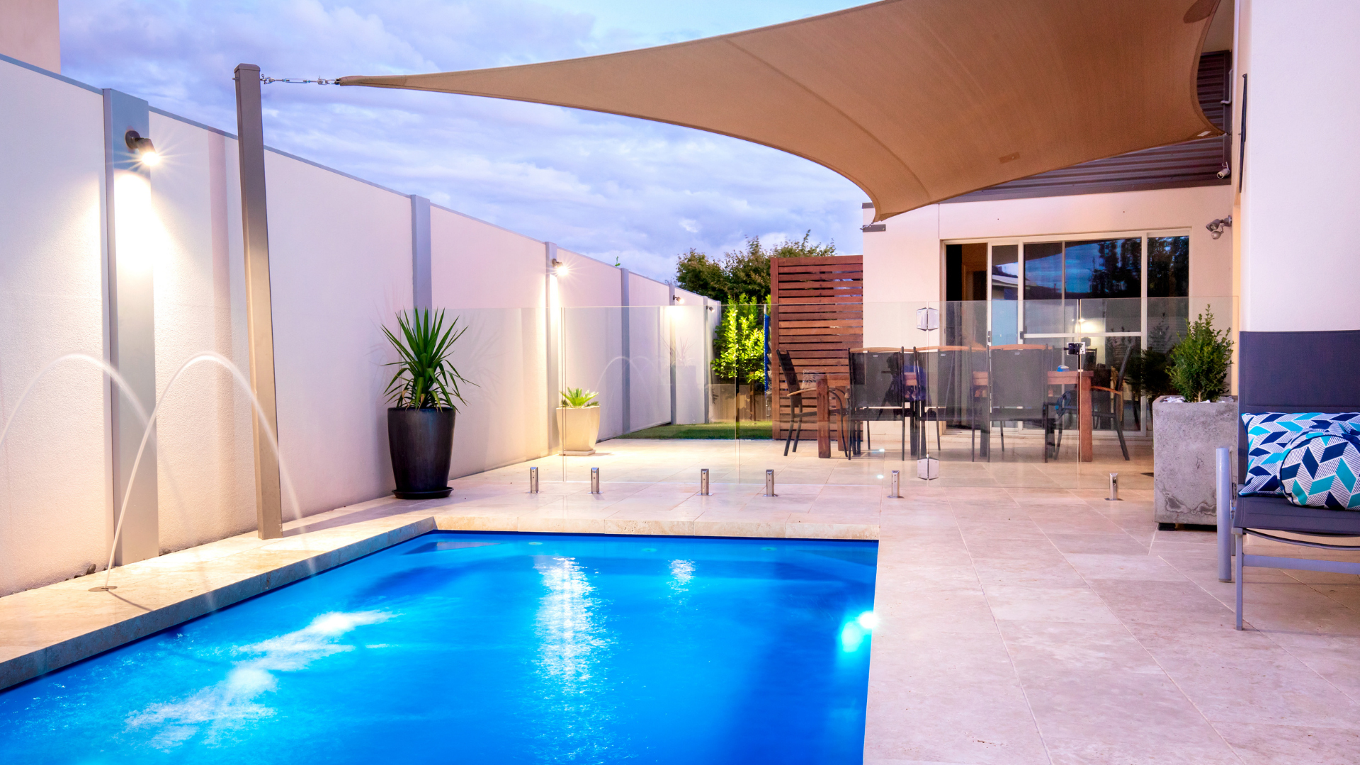 WWP Blog Pool Leak - When Suspecting A Pool Leak, Use These Tips To Confirm A Leak